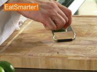Wie Sie Limettenschale schnell und einfach fein abreiben