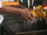 Wie Sie eine Orange richtig waschen und in Scheiben schneiden
