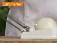 Wie Sie ein hartgekochtes Ei am besten klein würfeln