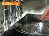 Wie Sie Grüne Bohnen am besten waschen und putzen