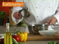Wie Sie gekochte grüne Bohnen am besten in Eiswasser abschrecken