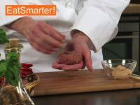 Wie Sie eine Frikadelle raffiniert mit Senf füllen