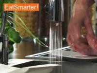 Wie Sie Kalbfleisch ganz einfach waschen und würfeln