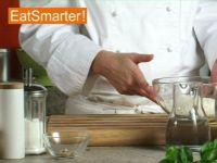 Wie Sie Brotteig mit frischer Hefe kinderleicht zubereiten