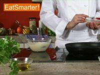 Wie Sie kleine Pancakes im Handumdrehen in der Pfanne braten