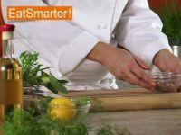Wie Sie Sardellen mühelos zu einer Paste zerdrücken