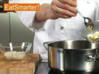 Wie Sie Schalotten richtig in Butter glasig dünsten