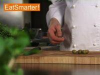 Wie Sie Oliven gekonnt fein hacken