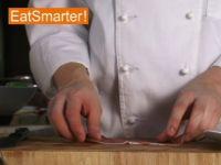 Wie Sie Schinken unkompliziert zu Röschen aufrollen