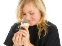 Alkohol in Lebensmitteln: Tipps für Eltern