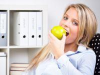Futter fürs Hirn: So bleiben Sie bei der Arbeit fit