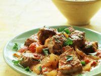Ingwer-Tomaten-Geschnetzeltes mit Joghurt-Curry-Sauce Rezept