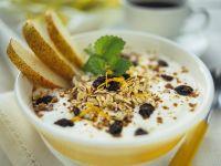 Joghurt mit Müsli Rezept