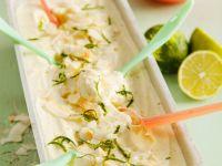 Joghurtparfait mit Limette und Kokos