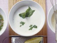 Joghurtvinaigrette mit Minze Rezept