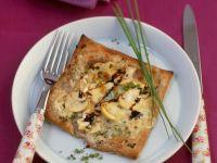 Käse-Champignon-Schnitte mit Vollkornblätterteig Rezept