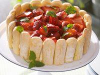 Käsekuchen mit Erdbeeren Rezept