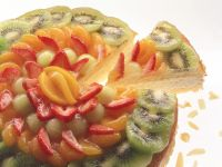 Käsesahne-Torte mit Früchten Rezept