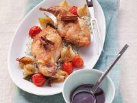 Kaninchenkeulen mit Gemüse und Zimt-Rotwein-Soße