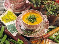 Karottensuppe mit Salbei und Basilikum Rezept