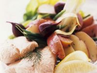 Kartoffel-Bohnensalat mit Lachs Rezept