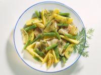 Kartoffel-Fisch-Pfanne mit grünen Bohnen, Dill und Schalotten