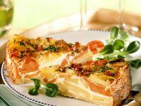 Kartoffel-Karotten-Kuchen mit Schinken