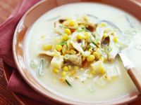 Kartoffel-Mais-Suppe mit Hähnchen