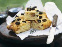 Kartoffel-Olivenbrot und Schinken Rezept