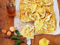 Kartoffel-Sauerkraut-Kuchen mit Birnen Rezept