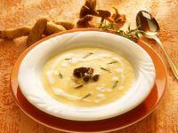 Kartoffelcremesuppe mit Pilzen Rezept