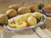 Kartoffelklöße mit Speck gefüllt Rezept