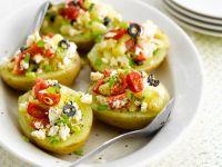 Kartoffeln mit Schafskäse-Gemüse-Füllung