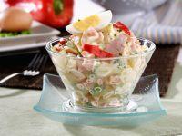 Kartoffelsalat mit Mayonnaise, Ei und Thunfisch Rezept