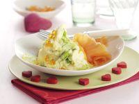 Kartoffelschnee mit Lachskaviar und Räucherlachs Rezept