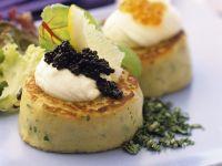 Kartoffeltaler mit Kaviar Rezept