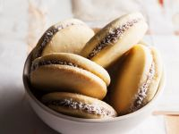 Kekse mit Cremefüllung Rezept
