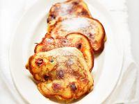 Kirschküchlein mit Puderzucker Rezept