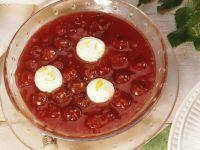 Kirschsuppe mit Quarkbällchen Rezept