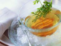 Klare Geflügelbrühe Rezept