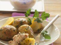 Kleine Kartoffeln und mit Thunfischsoße Rezept