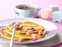 Kleine Marhmallow-Pfannkuchen mit Schokolade Rezept