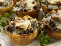 Kleine Pilztörtchen mit Mozzarella Rezept
