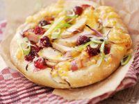 Kleine Pizzen mit Hähnchen und Cranberrys Rezept