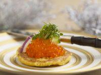 Kleiner Buchweizenpfannkuchen mit Lachskaviar Rezept