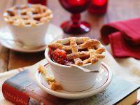 Kleiner Pie mit Äpfeln und Himbeeren Rezept