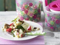 Knuspriger Brot-Käse-Salat Rezept