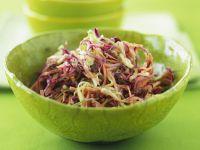 Kohlsalat nach amerikanischer Art (Coleslaw)