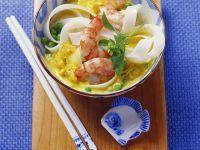 Kokos-Currysuppe mit Garnelen