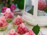 Kokospralinen mit Rose Rezept